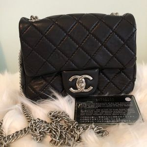 CHANEL Quilted Lambskin Long Chain Shoulder Bag